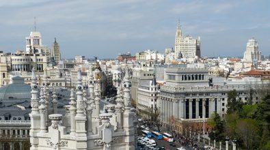Por La Sostenibilidad Energética De Los Ayuntamientos – Editorial De Julio