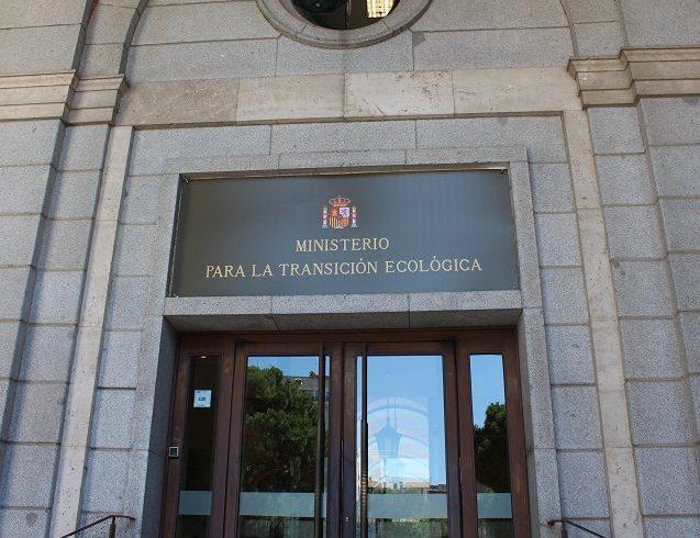 El Secretario De Estado De Energía, José Domínguez Abascal, Recibe A La Fundación Renovables